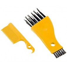 Karlie cleaning kit for brushes and combs Yellow